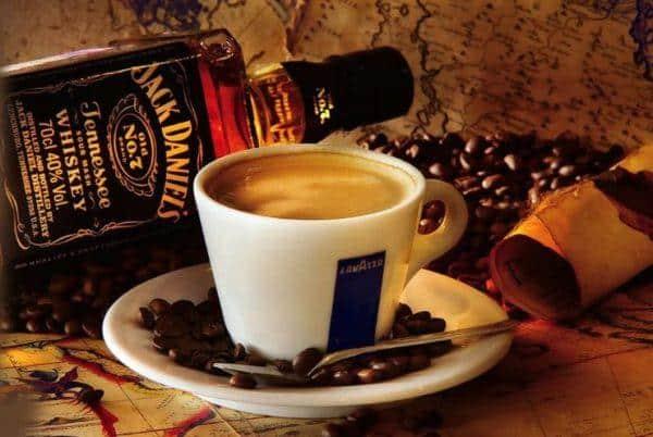 Кофе с виски приготовление фото