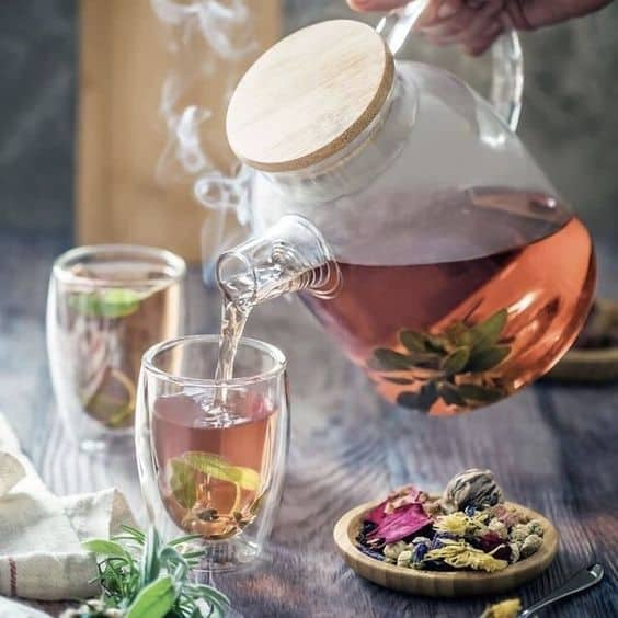 Чай с чабрецом заваренный