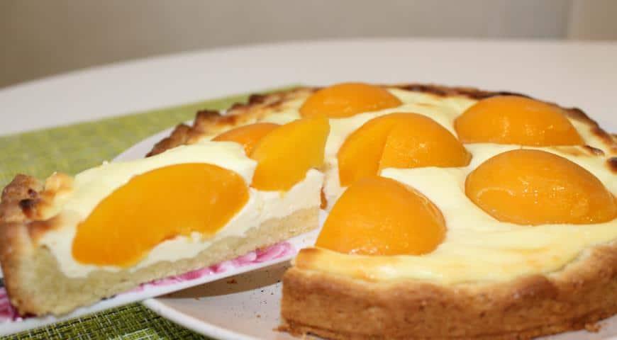 Пирог с персиками и творогом как приготовить фото