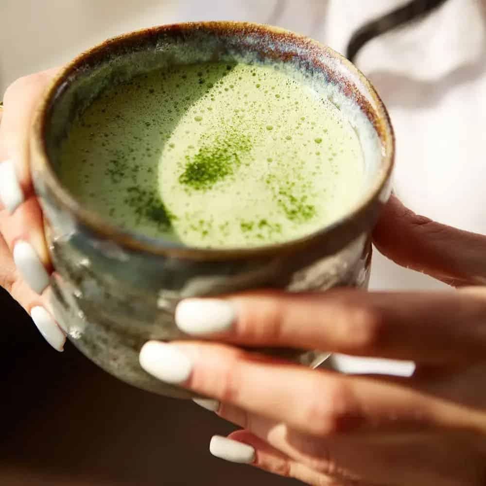 Чай маття матча зеленый фото