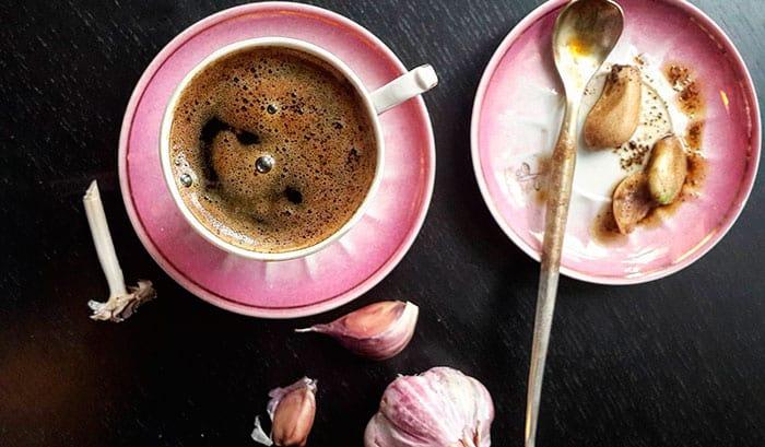 Кофе с медом и чесноком фото
