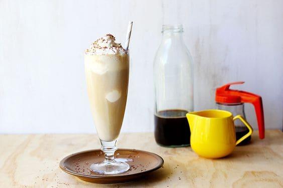 Кофейный коктейль со сливками