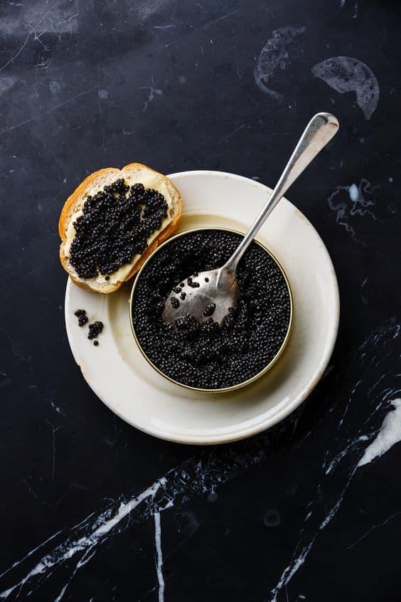 black caviar в банке фото