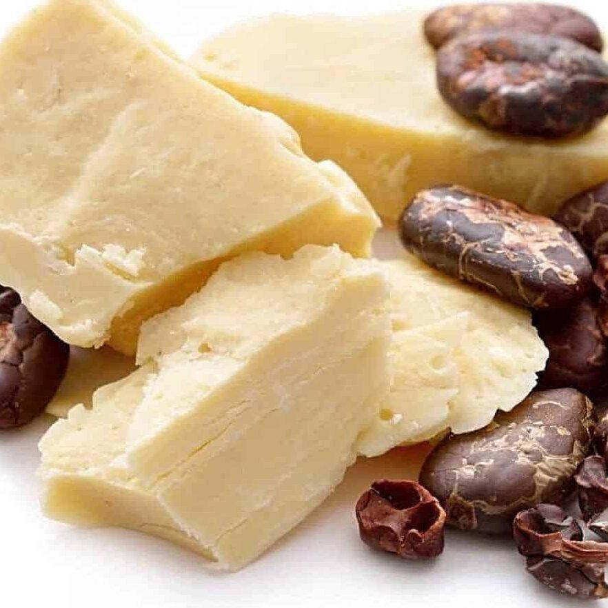 какао масло и какао бобы фото