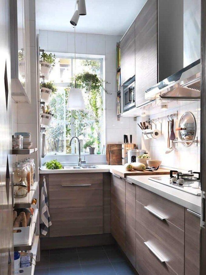 узкая кухня организация пространства фото