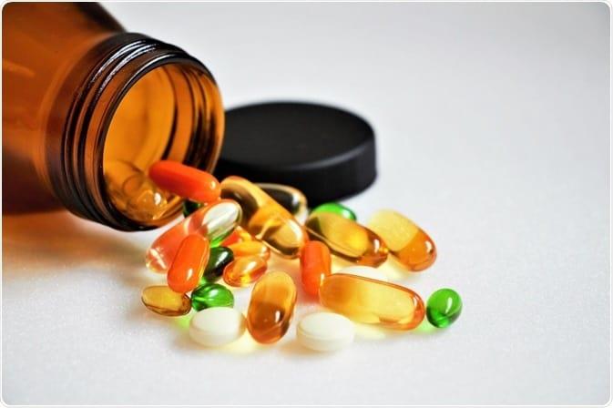 капсулы с витаминами фото